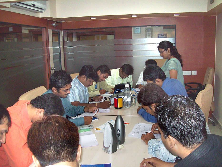 OmniMD-ISM Team Communication Class